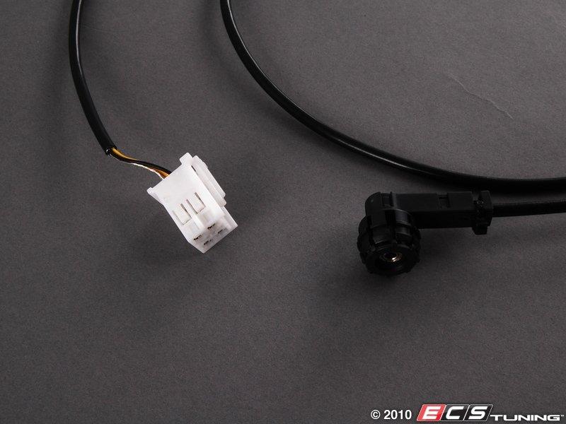 2006 mercedes c230 aux input