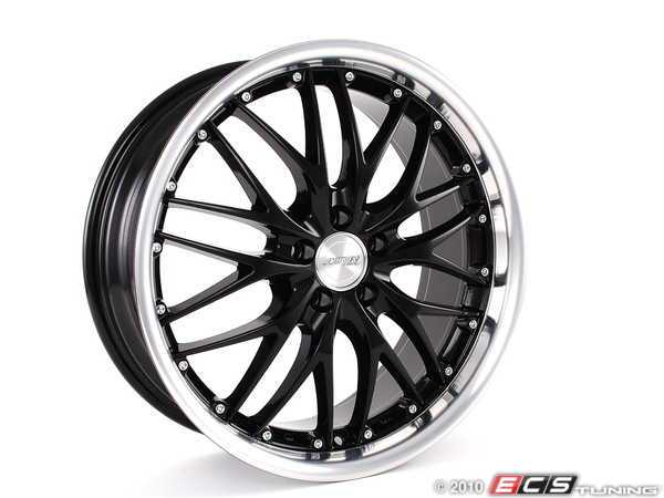 18 GT1 Wheels - Set Of Four - Gloss Black / Polished Lip
