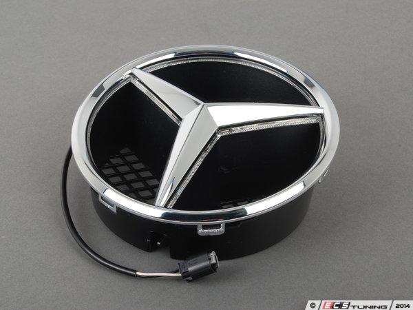 Es 2638298 2078170416 illuminated mercedes benz star for Mercedes benz star emblem